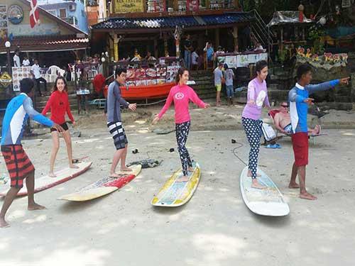 phuket-surfing-thailand-kata-noi-beach-16