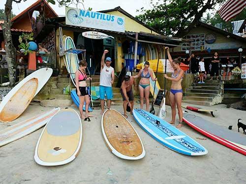 phuket-surfing-thailand-kata-noi-beach-17