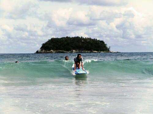 phuket-surfing-thailand-kata-noi-beach-18